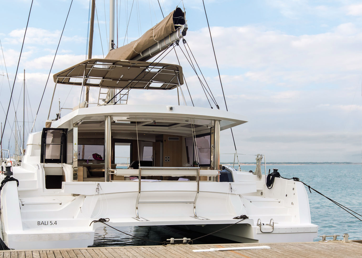 Catamaran Bali 5 4 Pictures Plans And Features